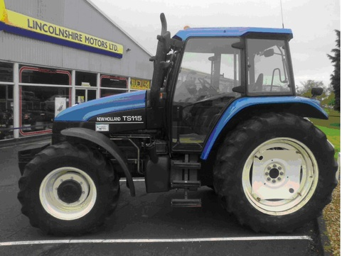 New Holland TS115 4WD